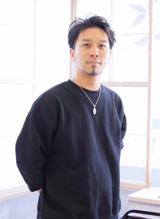 波塚 俊介